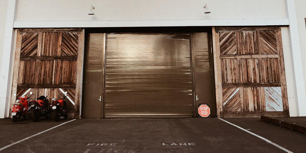 Garage Door Repair Company - Image